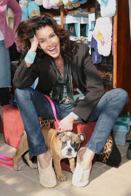 Janice+Dickinson+Bulldog+Model (4)